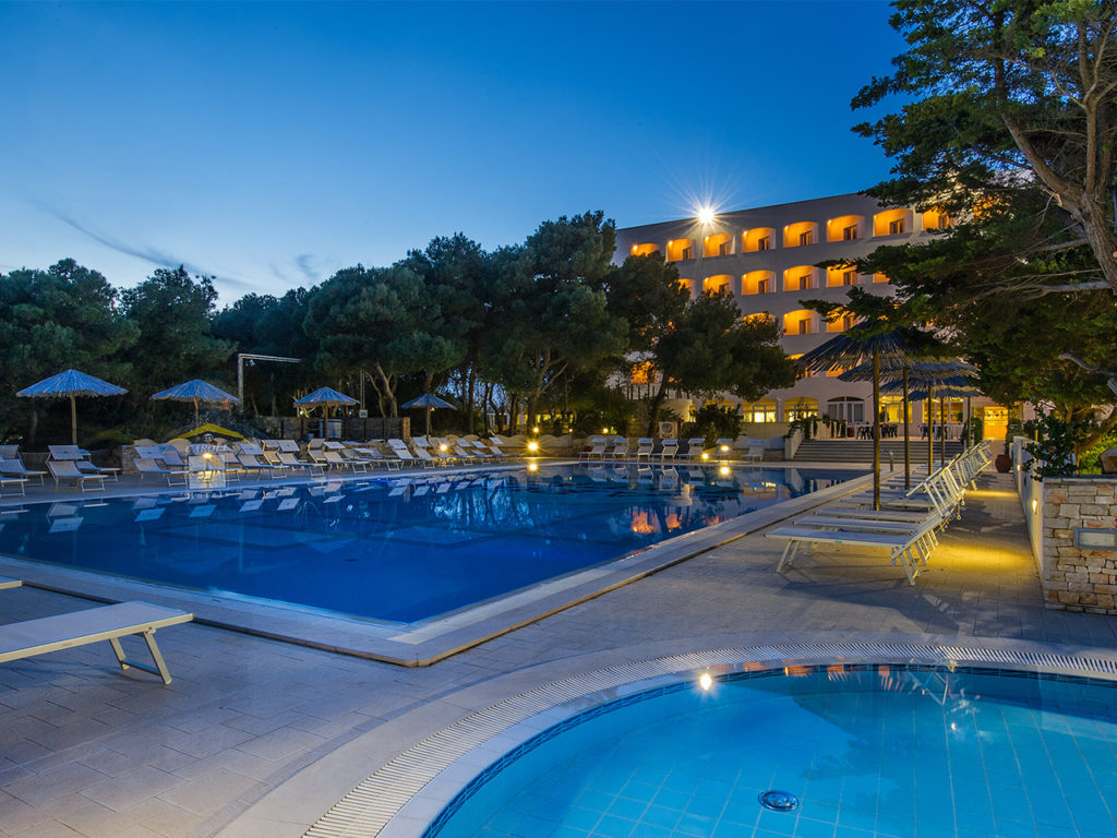 Piscina caroli hotels hotel gallipoli hotel con piscina - Piscina santa maria ...